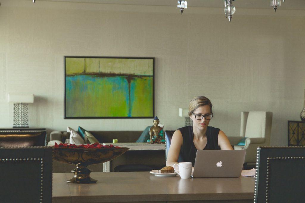 arbeitsleben vereinfach, prioritäten setzen, lori deschene, the club of happy lifepreneurs, simplify